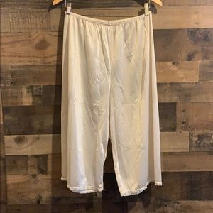 Vintage 90's Bali pettipants pants slip off white